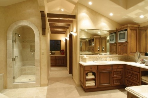 Nice arch to shower