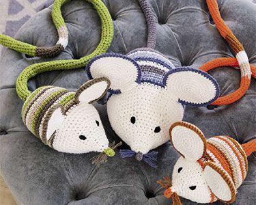 Diese kleine Maus Familie nach häkeln. Anleitung Kostenlos Deutsch PDF /Online Verfügbar zur Anleitung: Klick Hier