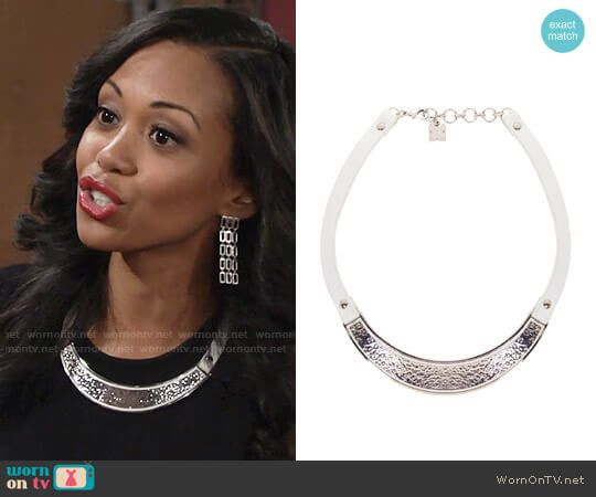 Hilary's silver and white necklace on The Young and the Restless.  Outfit Details: https://wornontv.net/72741/ #TheYoungandtheRestless