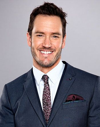 "Mark-Paul Gosselaar Says Celebs Are ""Much Different"" Than in the '90s - Us Weekly"