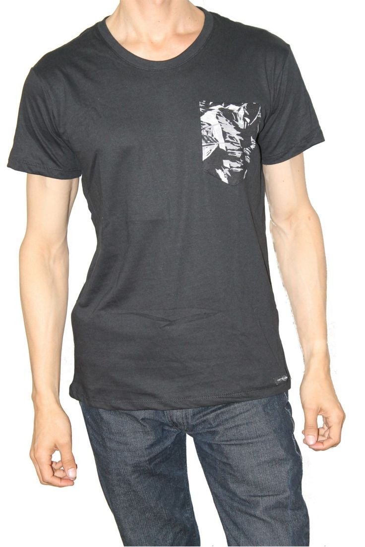 Camiseta Dee Negro