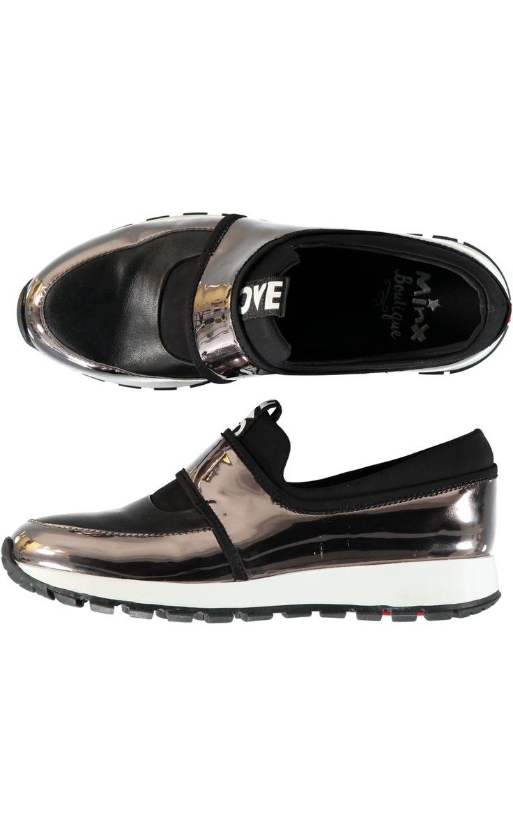 Love Run Sneaker - Black/Pewter