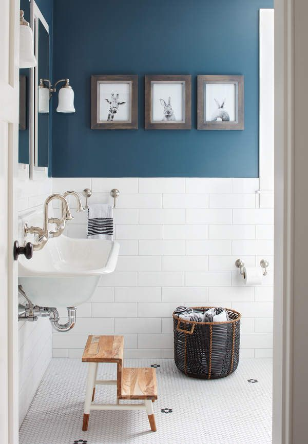 25 Best Ideas About Modern Farmhouse Bathroom On Pinterest Modern Farm Style Bathrooms Modern Farmhouse Powder Room And Farm Bathroom Mirrors