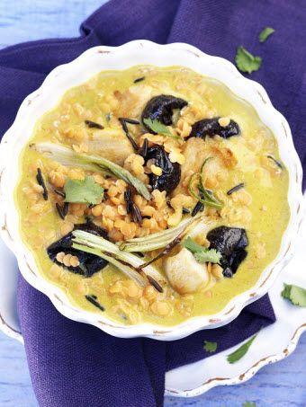 Rotes Linsen-Curry mit Hähnchenbrust und Trockenpflaumen