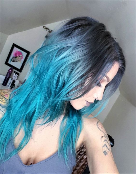 Long curly hairstyle with ombre blue dye by jayyroot