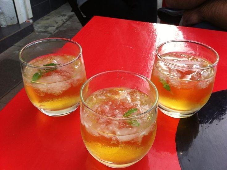 Cem Tanrıkılıcı @cemtanrikilici  bozcaada ada cafe'de koruk suyu-votka (kovotka) // Ada Cafe® Bozcaada