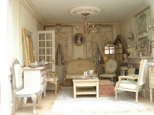 …a lovely romantic mini room!!