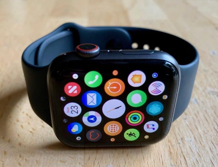Latest watchOS 6 beta lets you delete some Apple apps