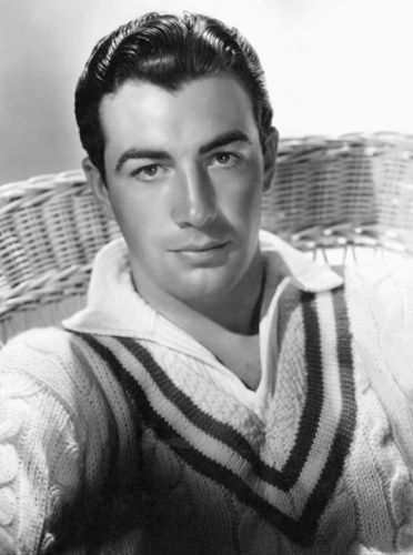 Robert Taylor photographed by George Hurrell (1935). #vintage #1930s #actors