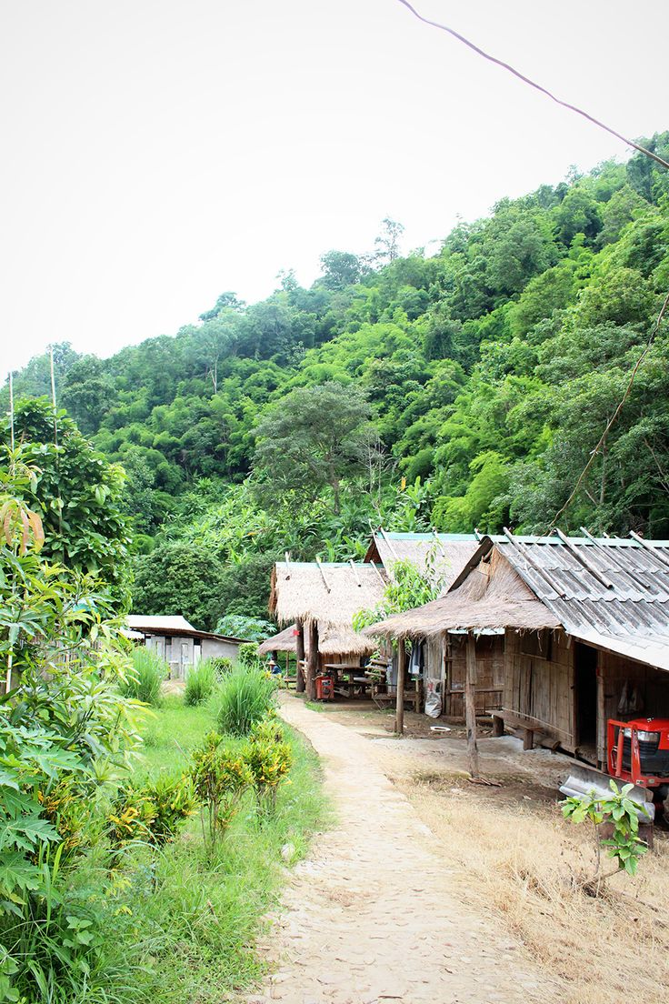 Mountainous areas in northern Thailand / A Globe Well Travelled