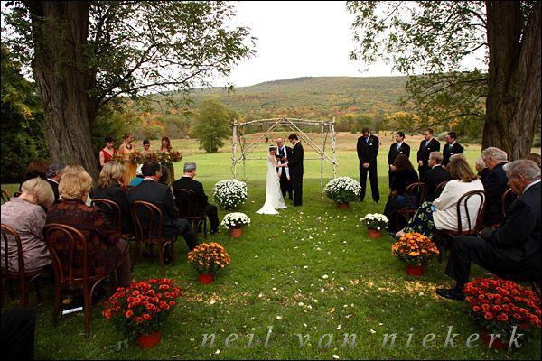 48 Best Outdoor Wedding Ideas Images On Pinterest: Best 25+ Fall Wedding Mums Ideas On Pinterest