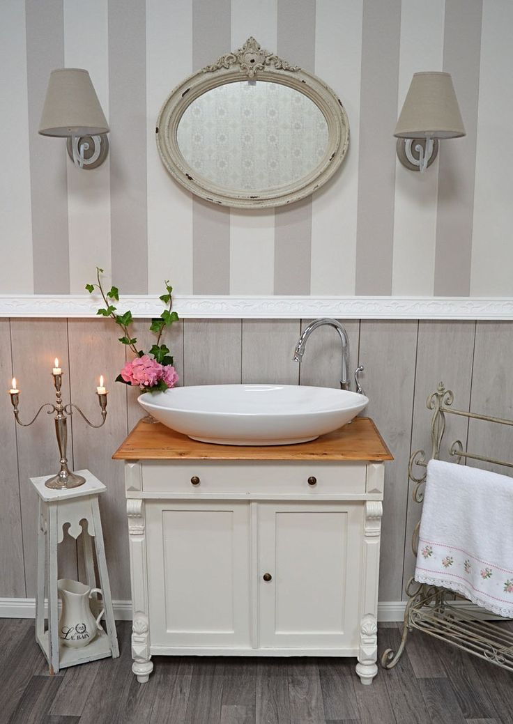 best 25 chic bathrooms ideas on pinterest bathroom ideas vintage shabby chic shabby chic on. Black Bedroom Furniture Sets. Home Design Ideas