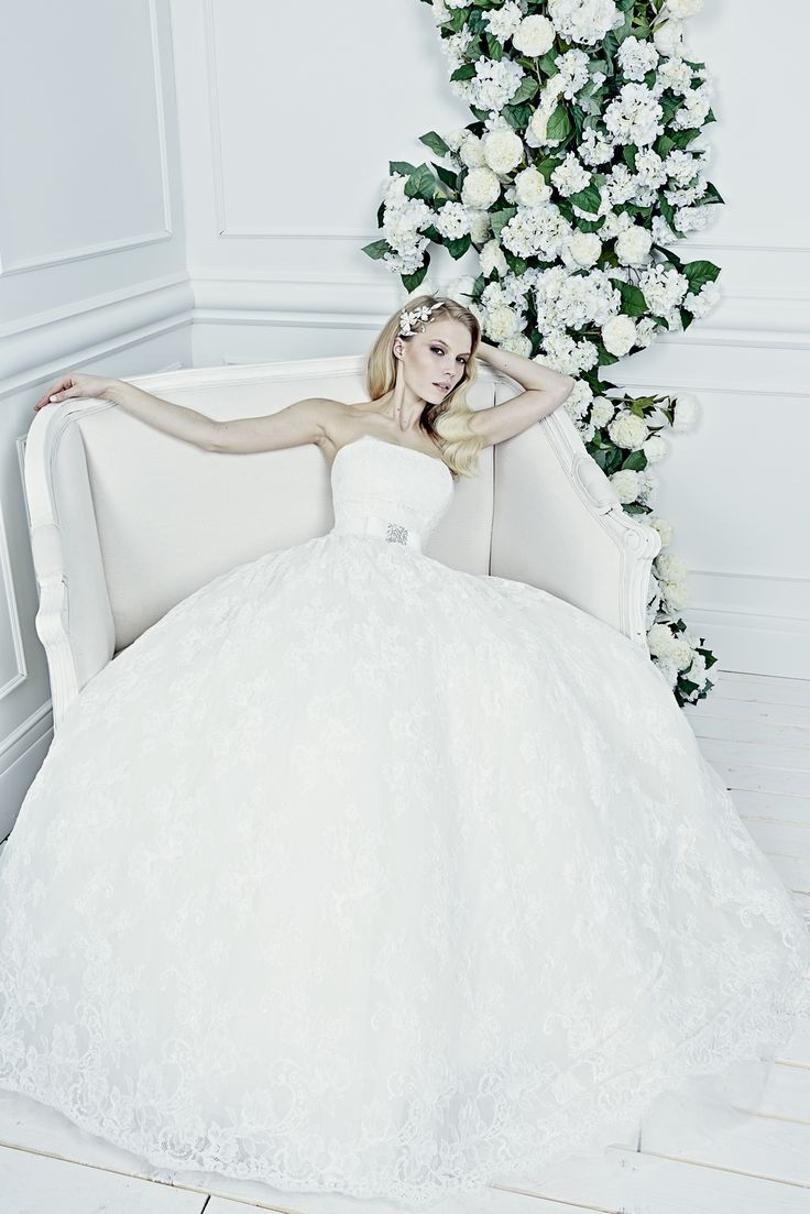 Sposa-moda-princess-bridal_18.jpg (1067×1600)