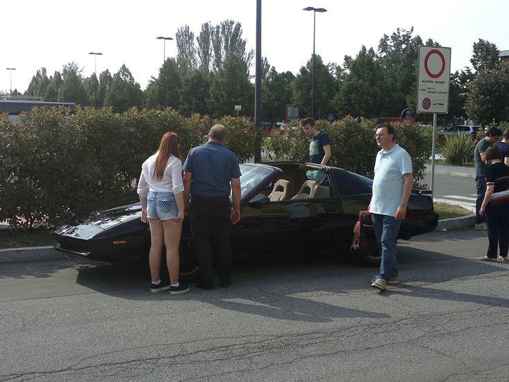 la mia Pontiac Trans Am Knight Rider KITT SuperCar disponibile per noleggio per ogni tuo evento, manifestazione: servizi matrimoniali,inaugurazioni locali,discoteche estive,videoclip musicali,cortometraggi, servizi fotografici..altro.. contattami... +39 059 561071 ore ufficio