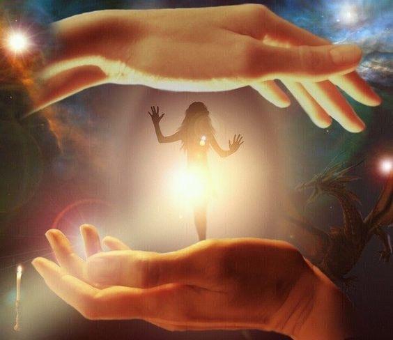 ЖИЗНЬ ОЧЕНЬ ПРОСТА.ЧТО МЫ ДАЕМ,ТО МЫ И ПОЛУЧАЕМ.   ЖИЗНЬ ОЧЕНЬ ПРОСТА.ЧТО МЫ ДАЕМ,ТО МЫ И ПОЛУЧАЕМ.  Мы сами вызываем ту или иную ситуацию в жизни, а потом тратим силы, ругая другого человека за свои тревоги и неудачи. Мы сами – источник собственных переживаний, окружающей действительности и всего остального в ней.  В малолетнем возрасте мы узнаем о жизни по реакциям взрослых.  Если вам пришлось жить с людьми, которые были не слишком счастливы, злы или чувствовали себя виноватыми, то вы…