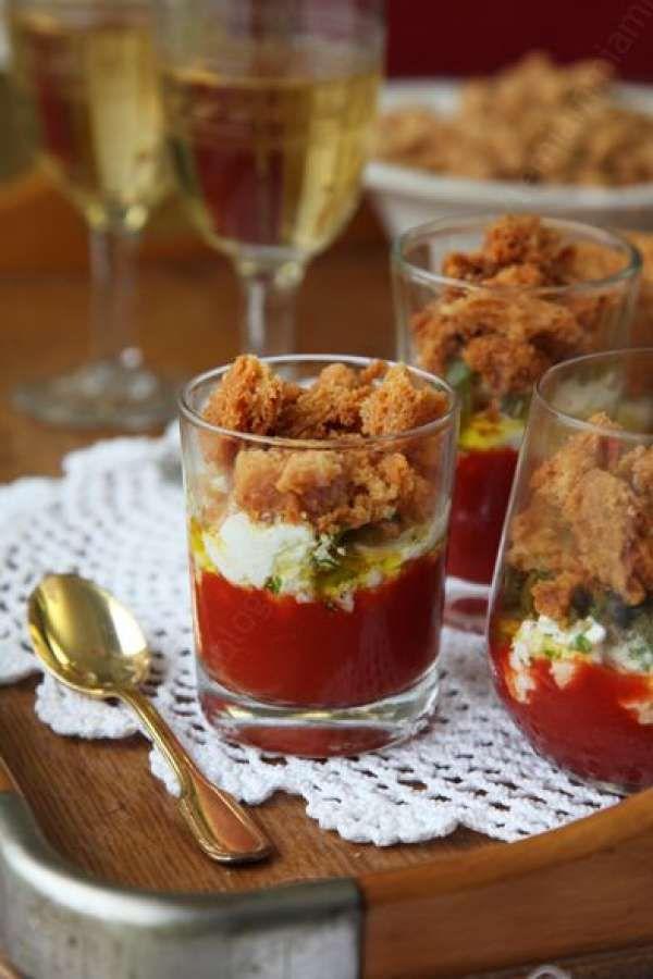Verrine tomate, ricotta et croustillant parmesan