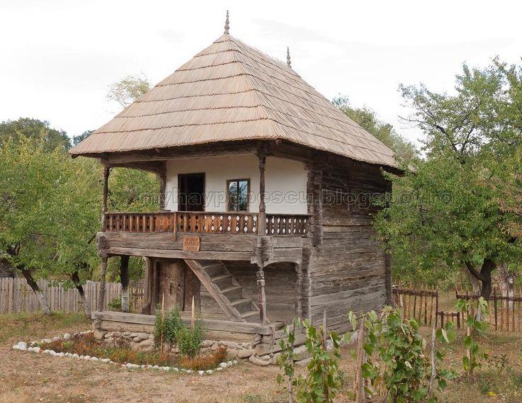 curtisoara Romania traditional romanian house