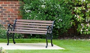 Just need a rose climbing all over the left end and this is the bench from my Seasons short story quartet! Woohoo