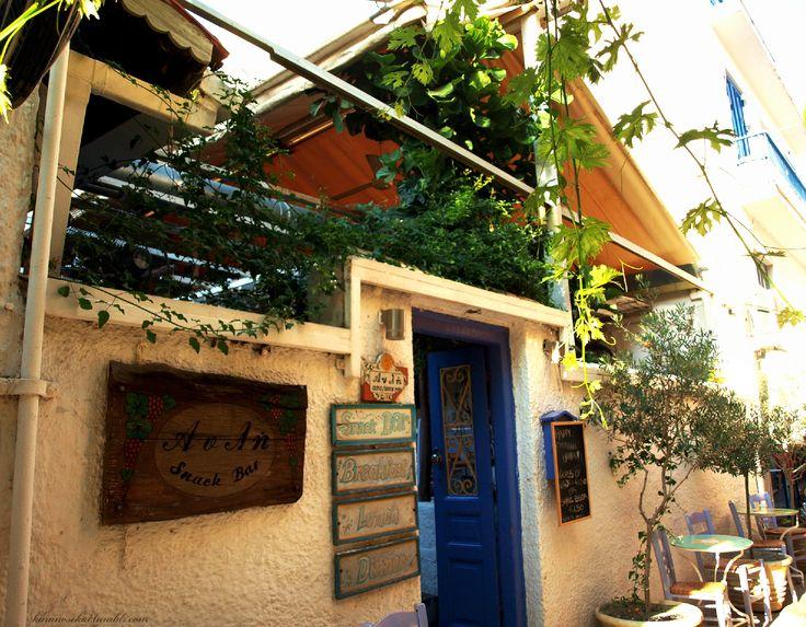 Restaurant / Café in Aegina Town #aegina #greece