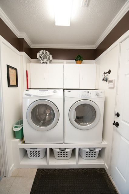 Love the shelving underneath!  This would be great in my laundry room, and would save my back!