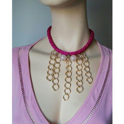 Collar Luvjan de seda con cuarzo rosa y cadena de aluminio www.facebook.com/bycosmicgirl