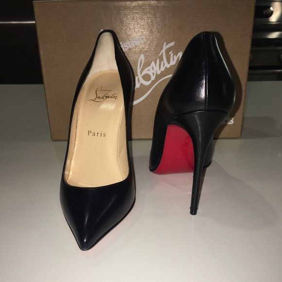 Christian Louboutin Pigalle Follies 100 35 1/2NWT | Zapatos De ...