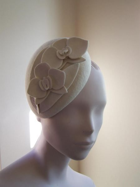 White Orchid Cocktail Hat  BY MIND YOUR BONCE #millinery #hats #HatAcademy
