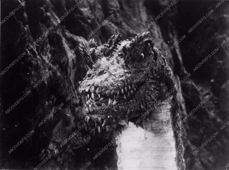 photo model of dinosaur film The Son of Kong 1774-13