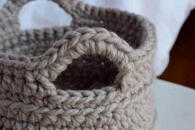 Chunky Crocheted Basket PatternGift Baskets, Gift Bags, Chunky Crochet Baskets, Crochet Baskets Pattern Free, Free Pattern, Free Crochet, Basket Ideas, Crochet Basket Pattern, Crochet Knits