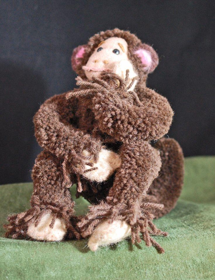 Pom Pom Animals. Pom Pom monkey. Made on handmade loom.
