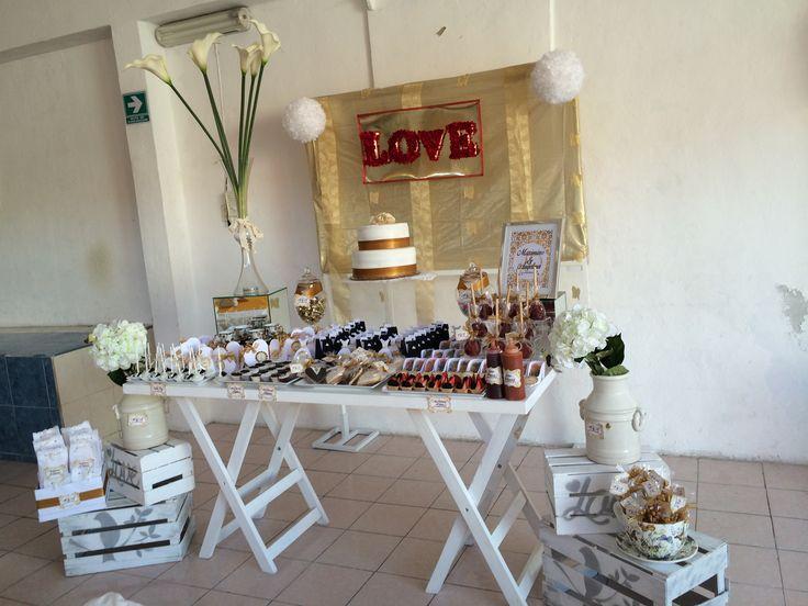 Mesa de postres boda de oro bodas handmade by ale for Mesa de postres para boda