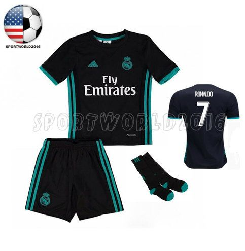 NEW+Kids+clothing+stores+2017/18Cristiano+Ronaldo+#7+Sports+set+KIDS.    DETAILS  -Our+product+is+100%+polyester.+  -Our+product+come+with+Original+bag.+  -We+offer+the+best+quality+at+the+best+price.+  -US+size:+XS.+S.+M.+L.+XL  -Color:+BLUE  --------------------------------  *If+you+are+interes...