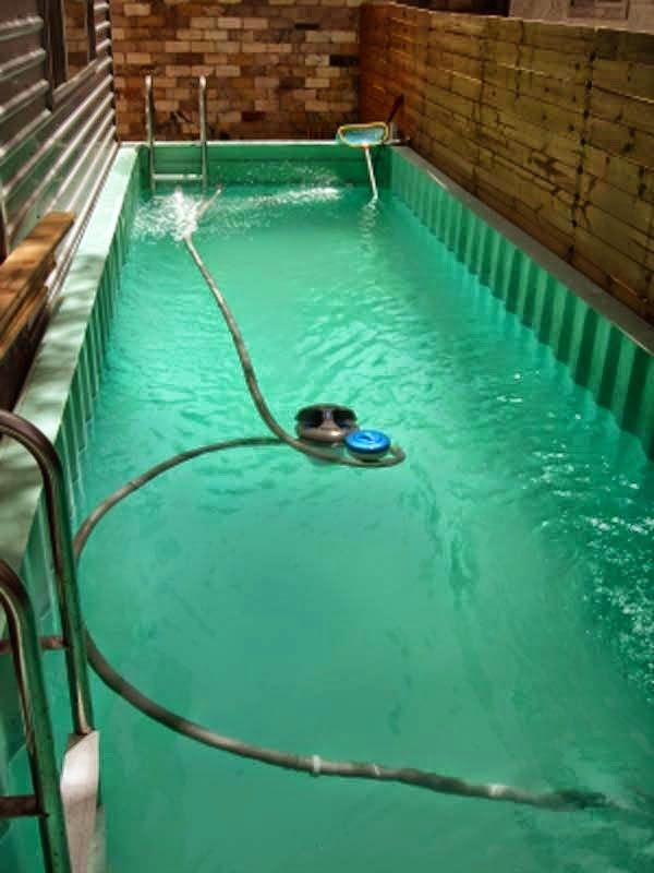 Best 25 shipping container pool ideas on pinterest - Maak pool container ...