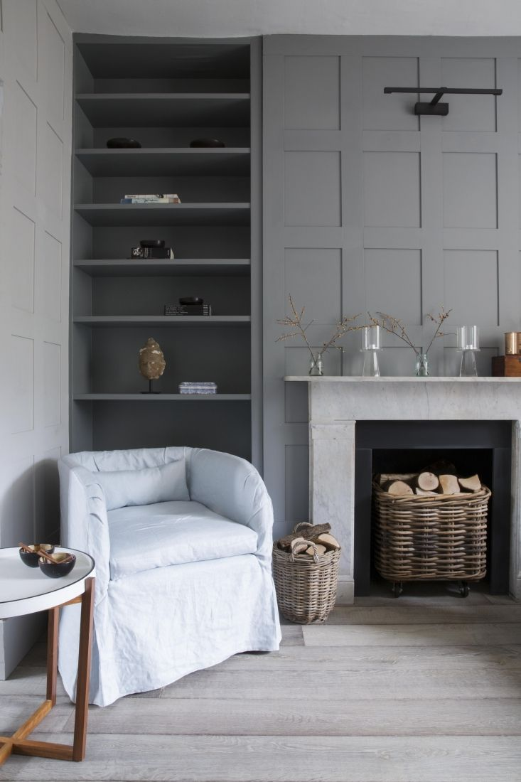 A lovely collaboration with the owner. A careful unpicking of a previous over design, creating a calm and gentle space, but also one that was a productive and stimulating base to work from.