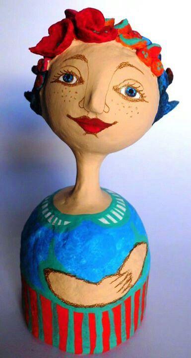 Figuras en papel mache por Karina Sellanes