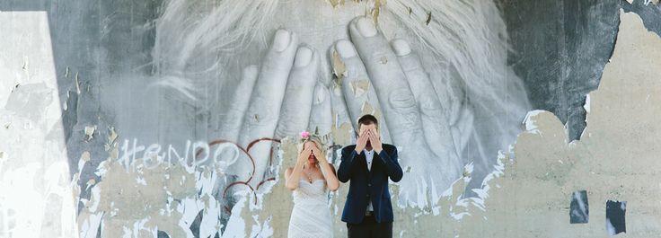Wedding Photographer Melbourne   Melbourne Art Centre   Quirky wedding idead