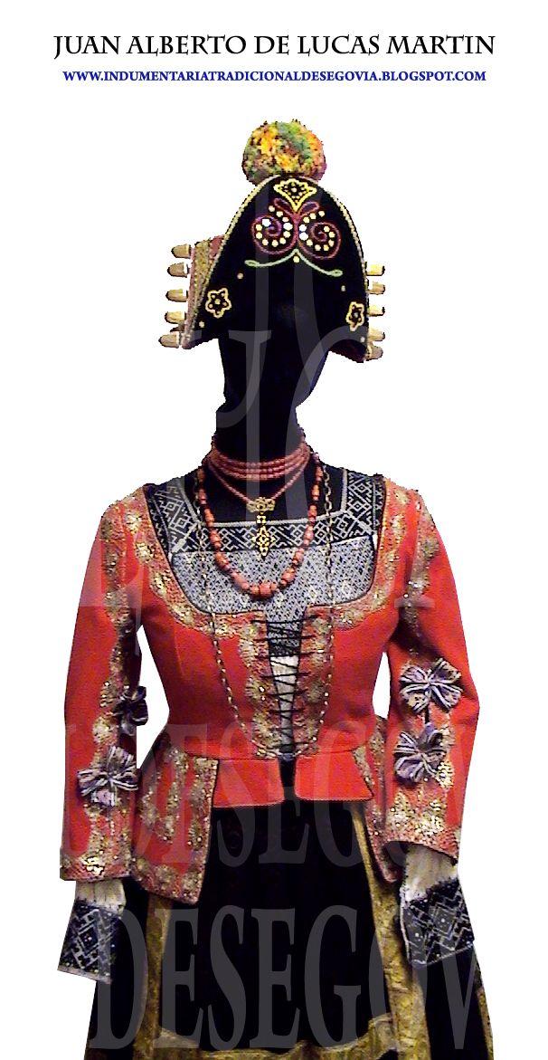 Recuperación de la indumentaria tradicional segoviana