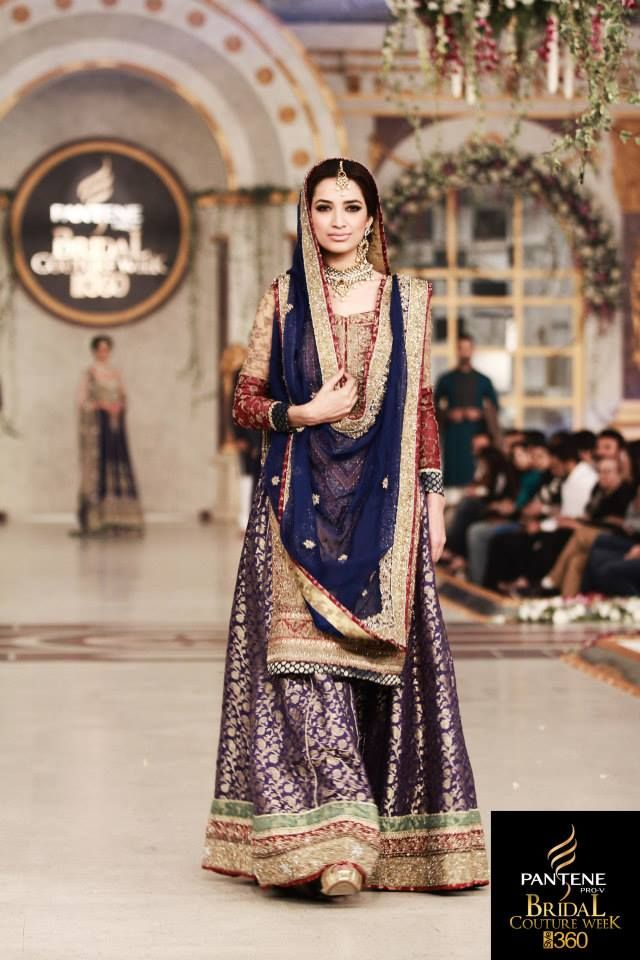 Love this style for a traditional outfit.