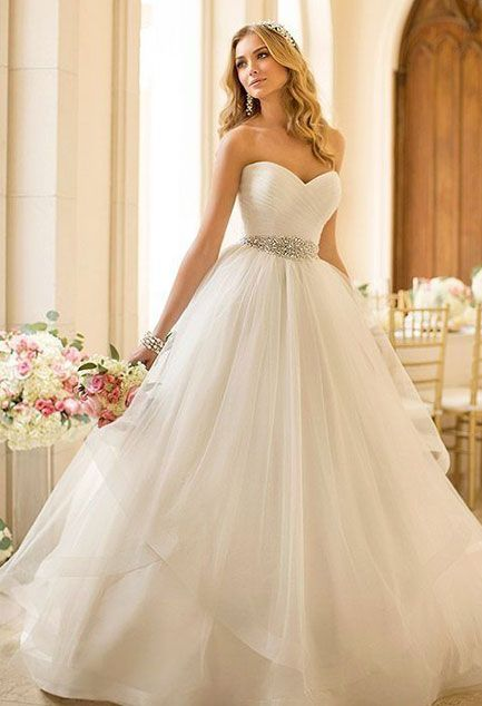 Pretty much my dream dress for wedding in white for occasion in sapphire blue