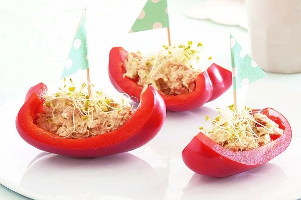 Looking for a healthy snack for a birthday party? Try these tuna-filled capsicum boats - the kids will love them.
