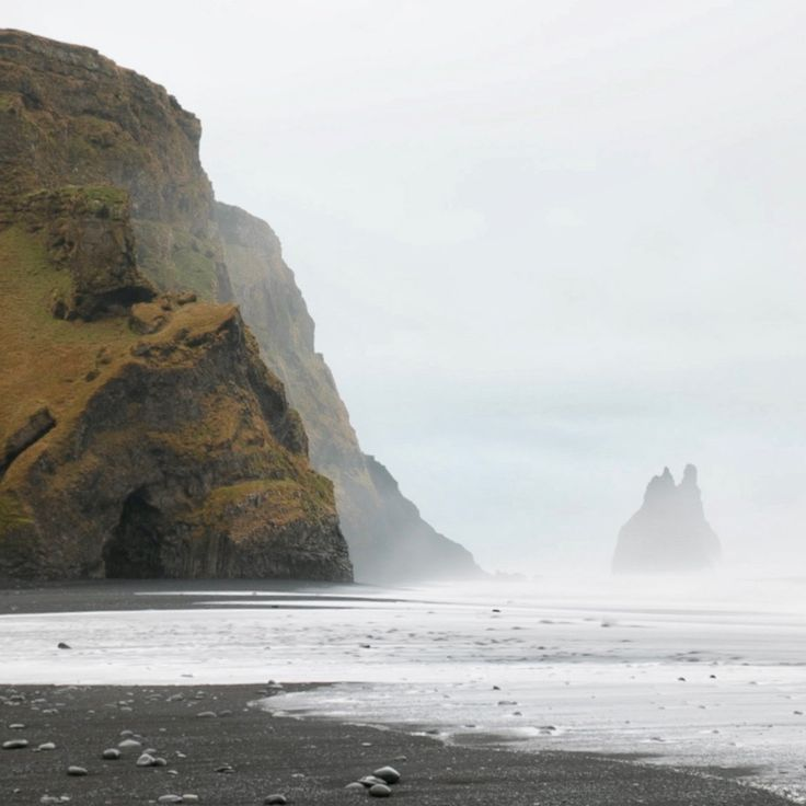 Shout out to Iceland and @carlossandubete for making inclement weather look so darn good.