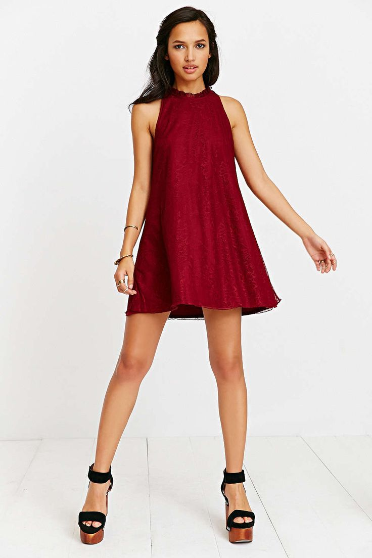 Triangle Shape Oh My Love Lace Frill-Collar Sleeveless Shift Dress. Urban Outfitters