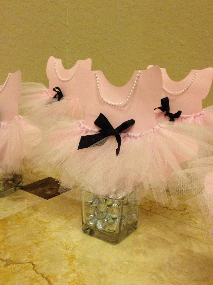 Ballerina theme table centerpieces baby shower ballerina for Ballerina decoration