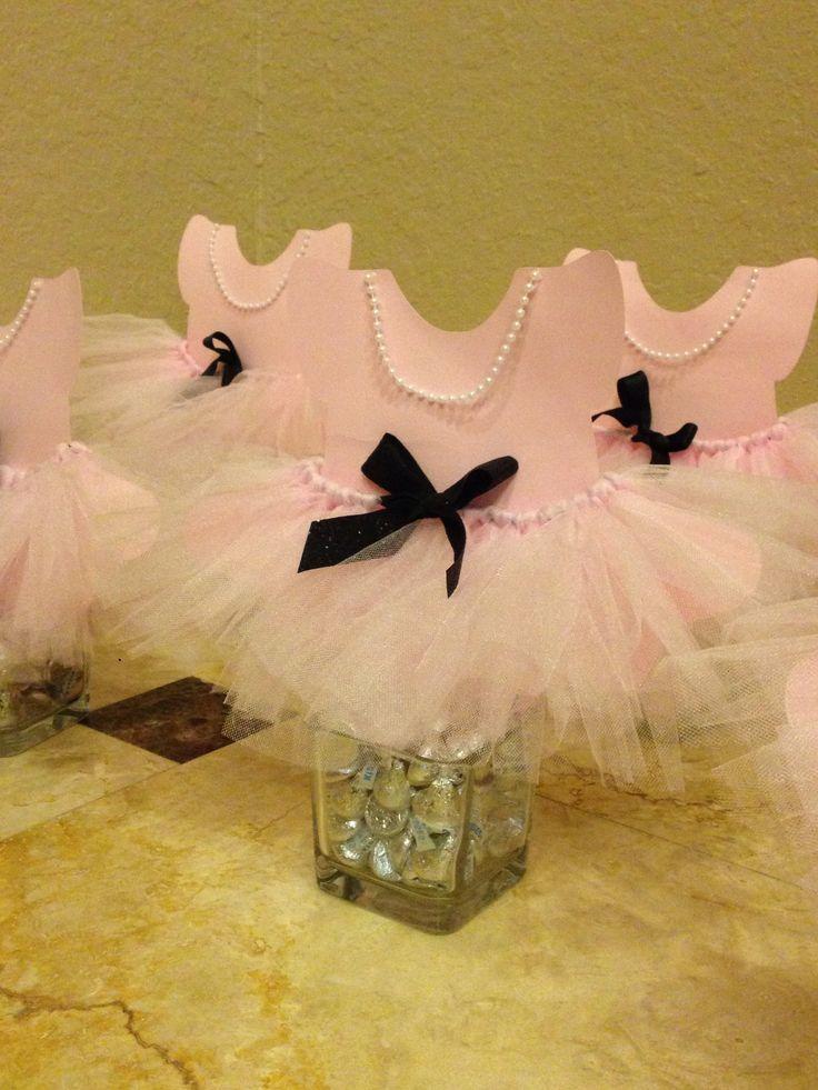 Ballerina theme table centerpieces baby shower ballerina for Ballerina decoration ideas
