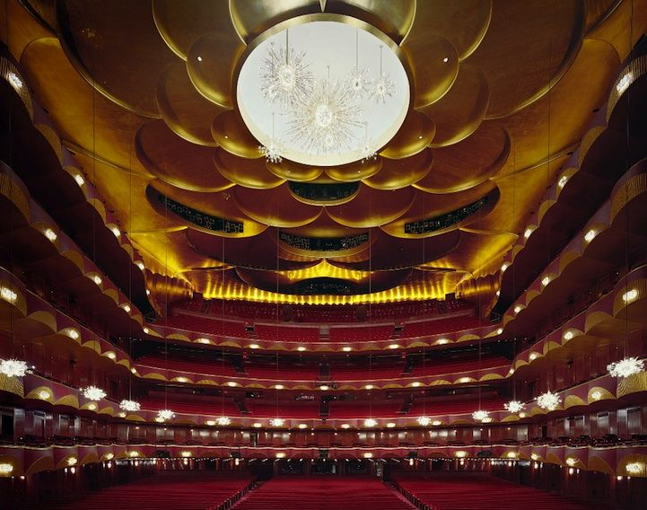 Cress' Opera house (Beauty and Grandeur of Opera Houses - Metropolitan Opera House, New York)