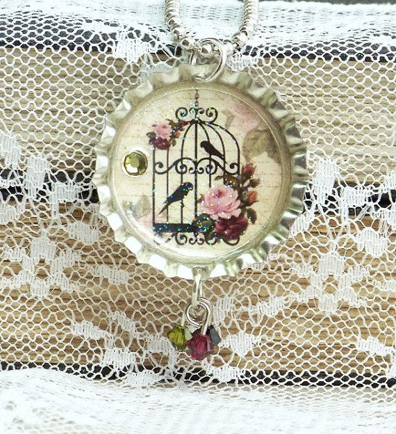 Bottle Cap Jewelry Bird Cage Necklace Bottle por IngridsCreations. , via Etsy.