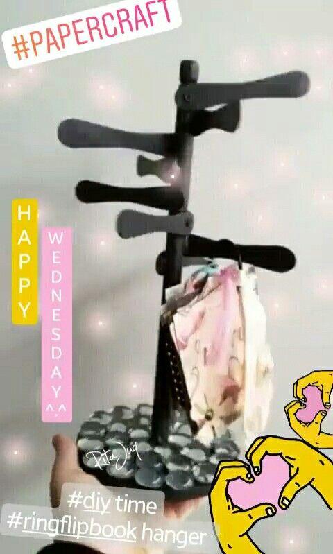 Rita Juq (@ritajuq) 💕 https://www.instagram.com/ritajuq/ 💕 #diy #ringflipbook hanger #snailmail #happymail #flipbook