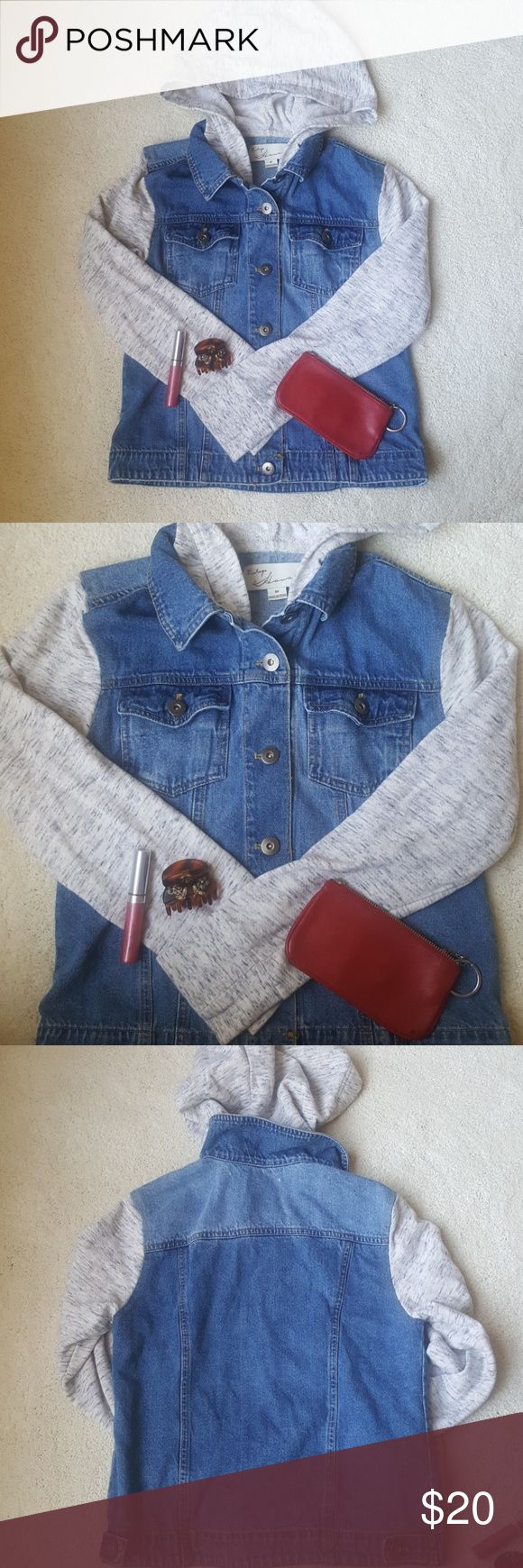 """hooded jean jacket comfy cool hooded jean jacket / tag says size M but fits more like S / top of shoulder to bottom of hem is about 20.5"""", edge of shoulder where sleeve begins to edge of sleeve is about 22"""" / 2 front button pockets / great condition / perfect to throw on any time there's a light breeze!  from smoke and pet free home Jackets & Coats Jean Jackets"""