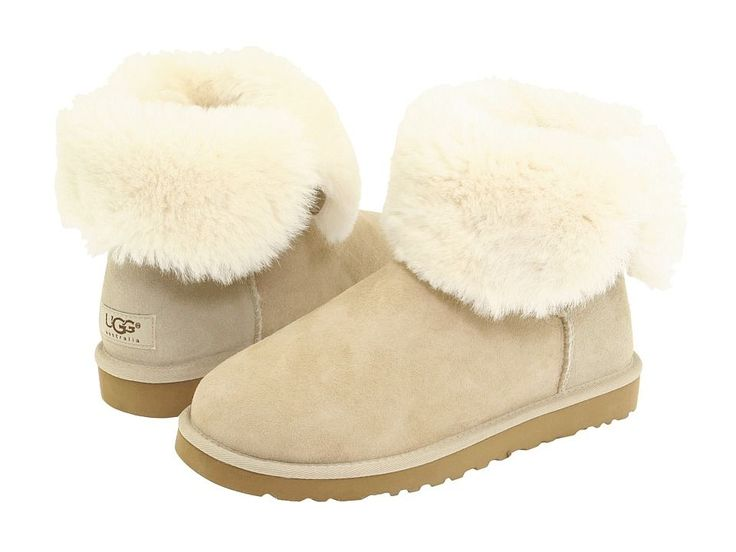 UGG Bailey Button Boots 5803 Sand $89.23