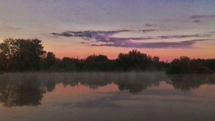 Lake in a sunset🌅 #lakes #sunset #lakephotos #sunsetphotos #photos #photography